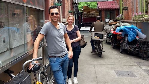 Couple on a bike tour in Shanghai