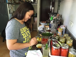 Private Filipino Cooking Class with Isi