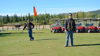 9-Hole Tundra Golf Package