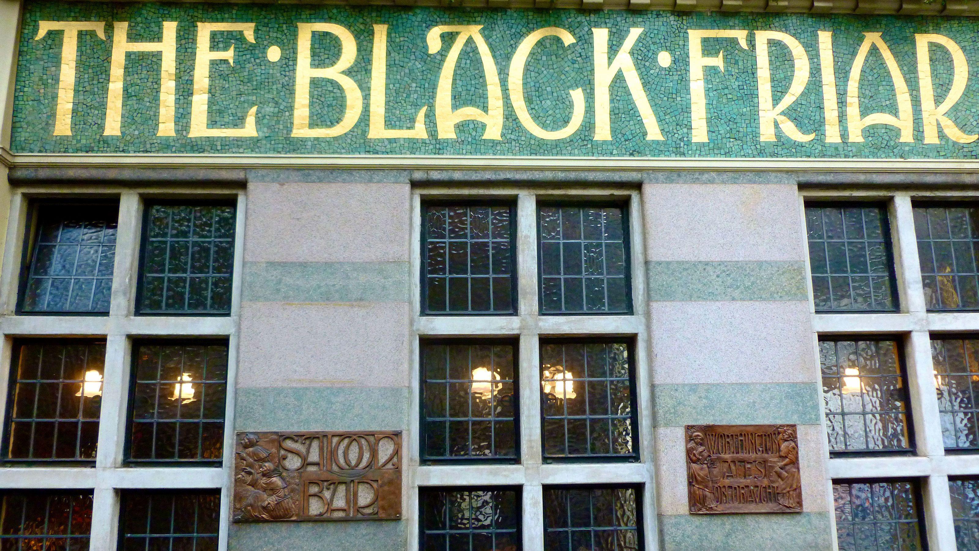 The Black Friar bar in London
