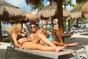 Isla Mujeres Discovery con Ferry, Beach Club, Comida y Bebidas