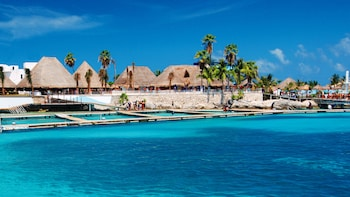 Isla Mujeres Discovery Tour