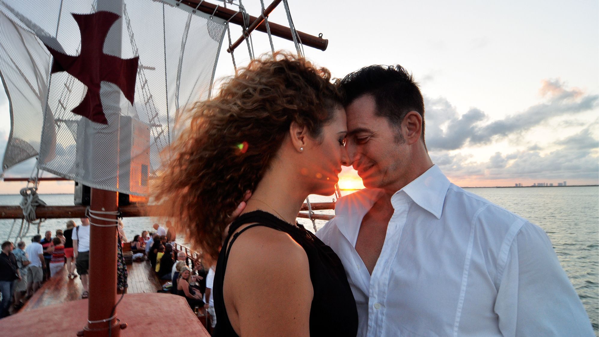 Couple on a dinner cruise in Cancun