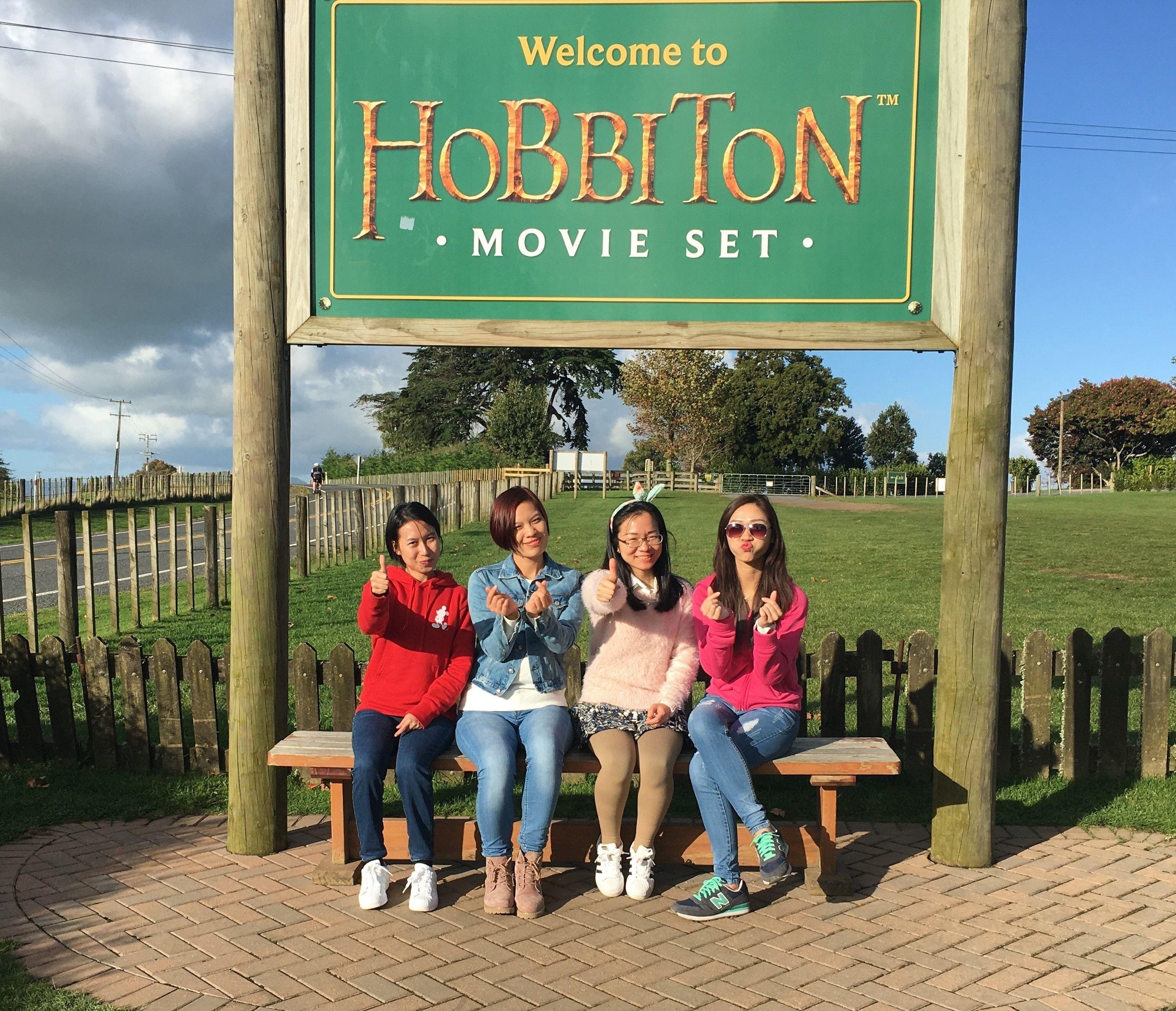 Glowworm Caves & Hobbiton Full-Day Tour