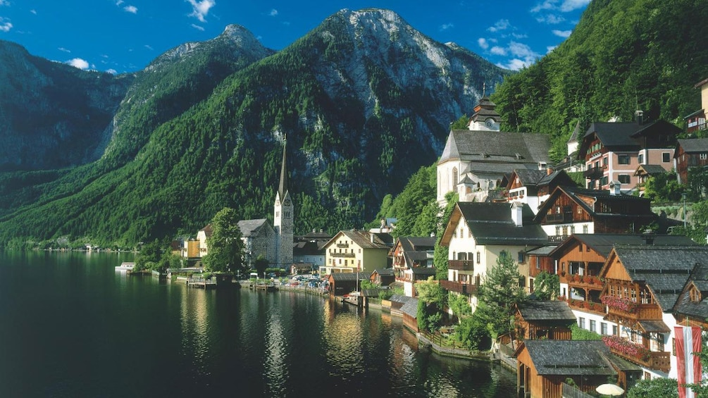 Foto 3 von 5 laden View of Hallstatt, Austria