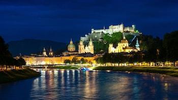 Visita privada a pie de Salzburgo con guía con licencia