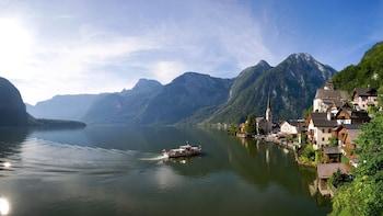 Private Hallstatt, Bad Ischl & Salzkammergut Lakes Tour