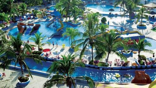 Pools and lazy river at Aquaventuras Park