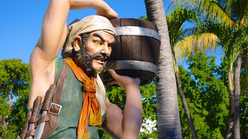 Statue of a pirate in Turks and Caicos