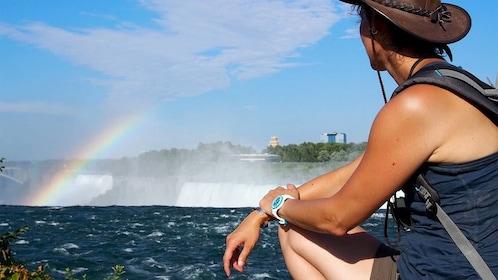Tourist on the Niagara Falls tour