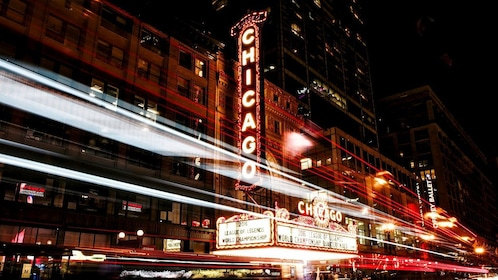 Chicago theater at night in Chicago