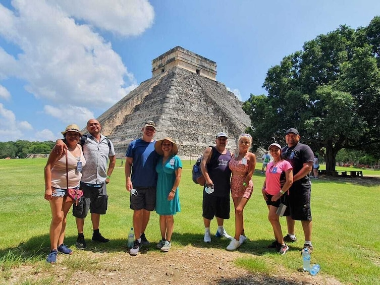 Chichén Itzá,Cenote,Buffet,Tequila & Valladolid All included