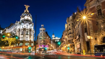 Guided Night City Tour with optional Flamenco Show & dinner