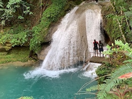 Blue Hole & Island Gully Waterfall Adventure with Lunch