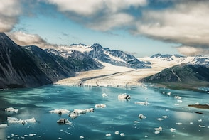 30 Minute Scenic Helicopter Flight to Bear Glacier