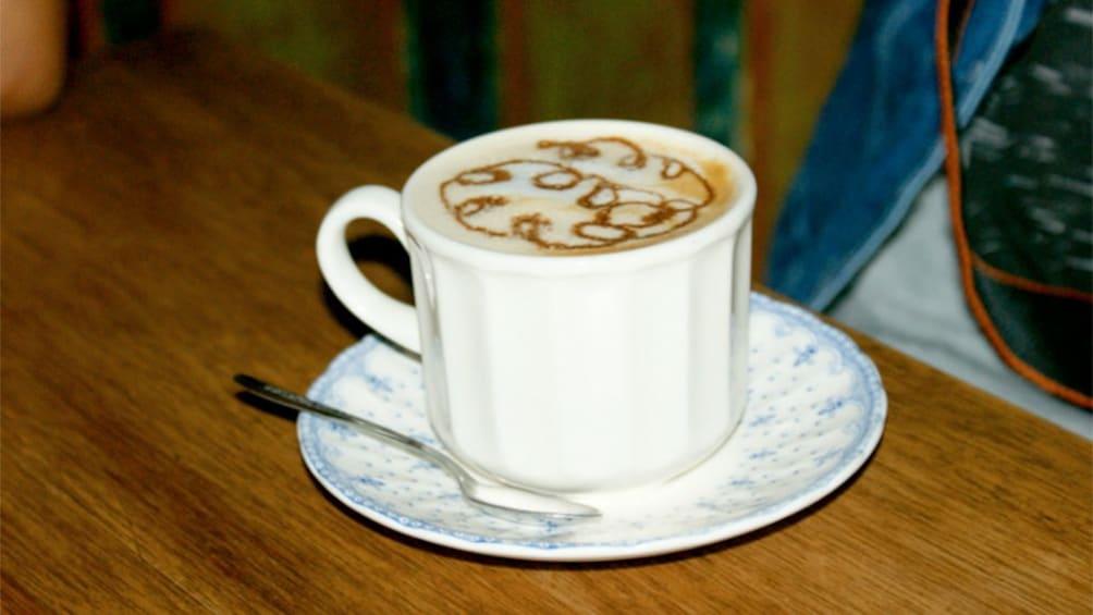 Carregar foto 2 de 5. Cup of fresh coffee on the Coffee Tasting tour in Bogota