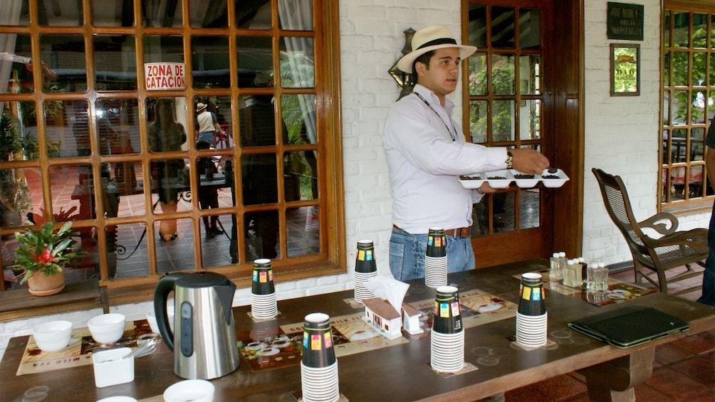 Carregar foto 3 de 5. View of the Coffee Tasting tour in Bogota
