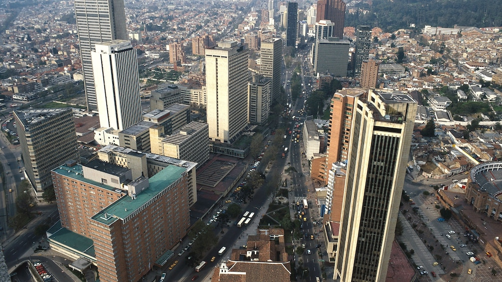 Carregar foto 3 de 4. Ariel view of the city of Bogota