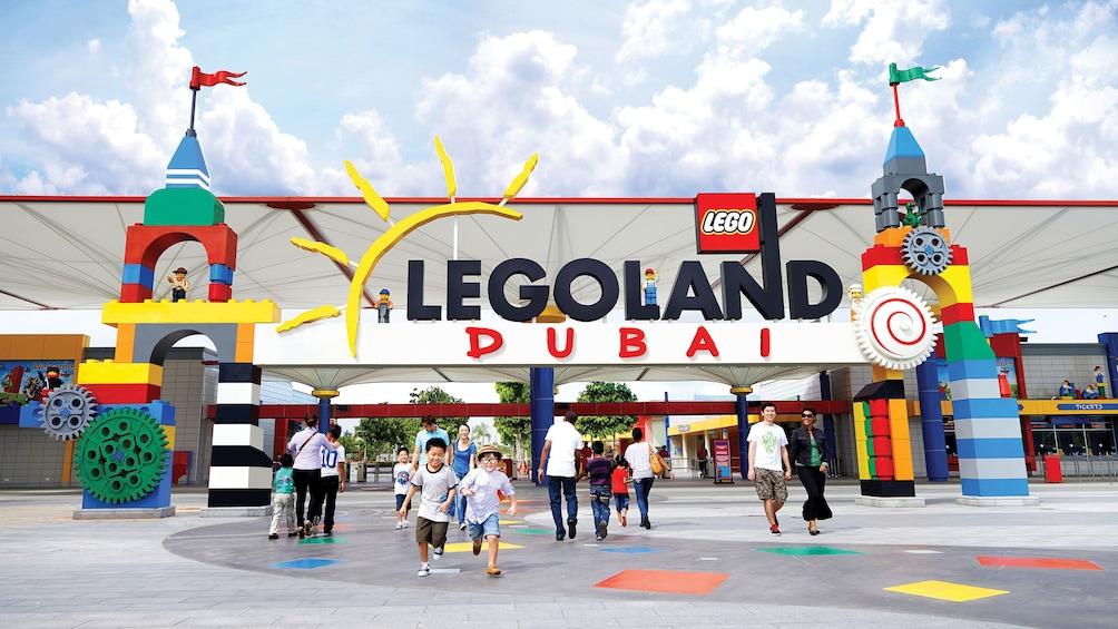 Apri foto 1 di 10. Entrance of Legoland Dubai