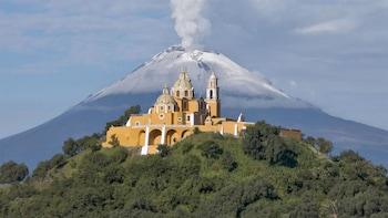 Tour privado de un día de la ciudad de Puebla, Cholula y Cuexcomate