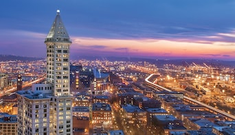 Seattle's Smith Tower Observatory Tickets