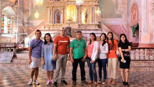 Tour group on the Bohol Daytour from Cebu