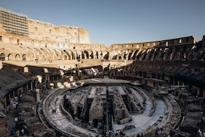 Skip-the-line: Colosseum & Forum Tour with Special Gladiator's Gate & Arena...