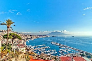 Amalfi Coast Day Trip from Rome with Scenic Cruise & Limoncello Tasting