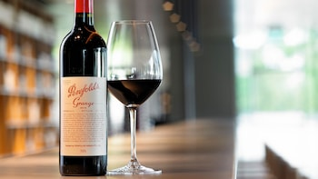 Wine Tasting Tour of Penfolds Magill Estate & 3-Course Lunch