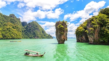 Full-Day Tour to James Bond Island, Panyi Village & Monkey Cave Temple