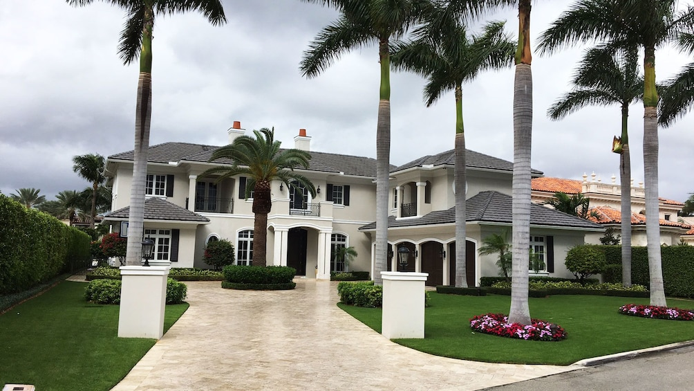 Show item 2 of 5. View of mansion in Fort Lauderdale