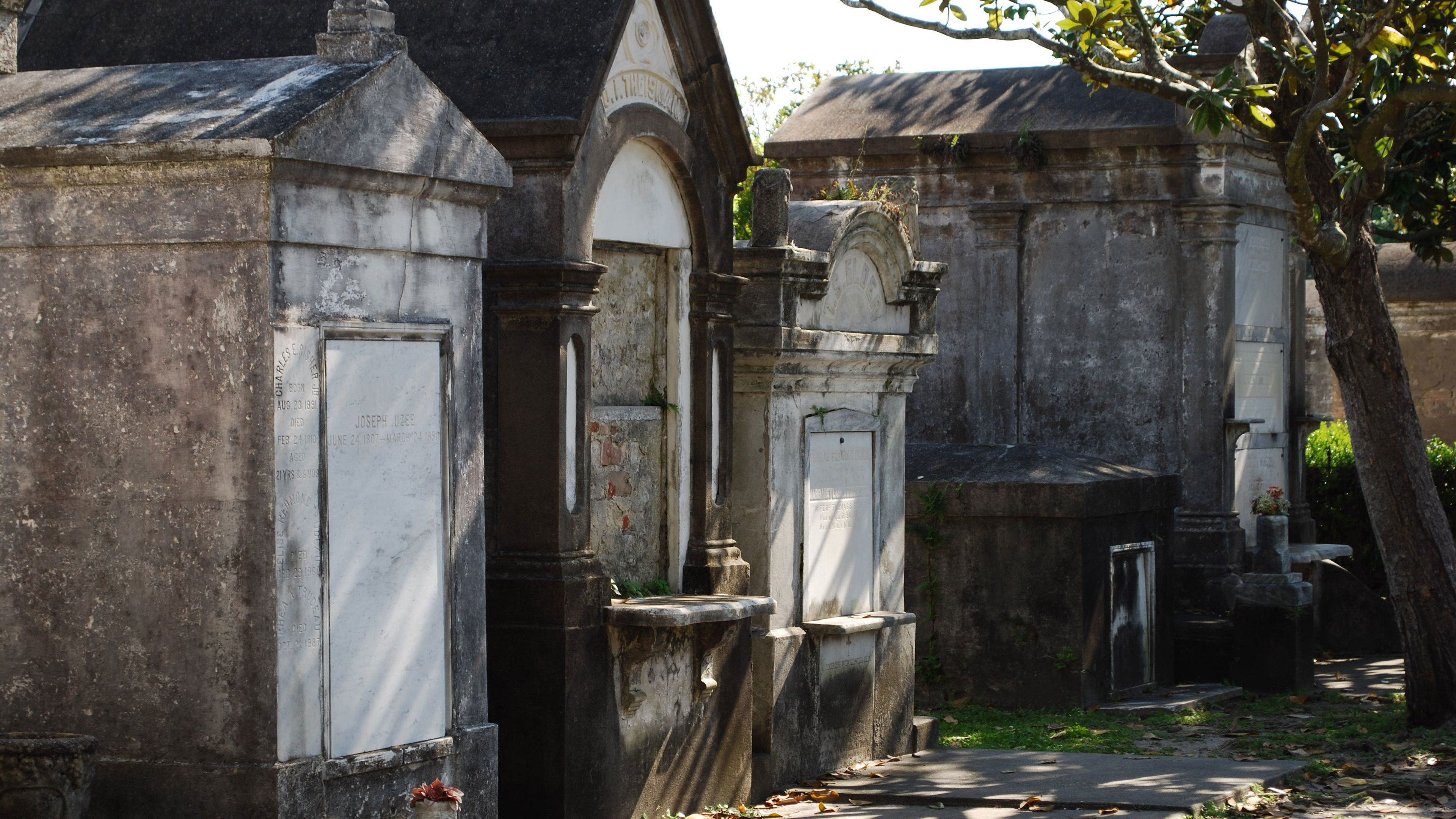 Mausoleums in Saint Louis Cemetery