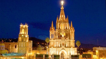 Guided Mexican Independence Tour from Queretaro