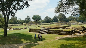 Full-Day Iximche & Antigua Guatemala Tour