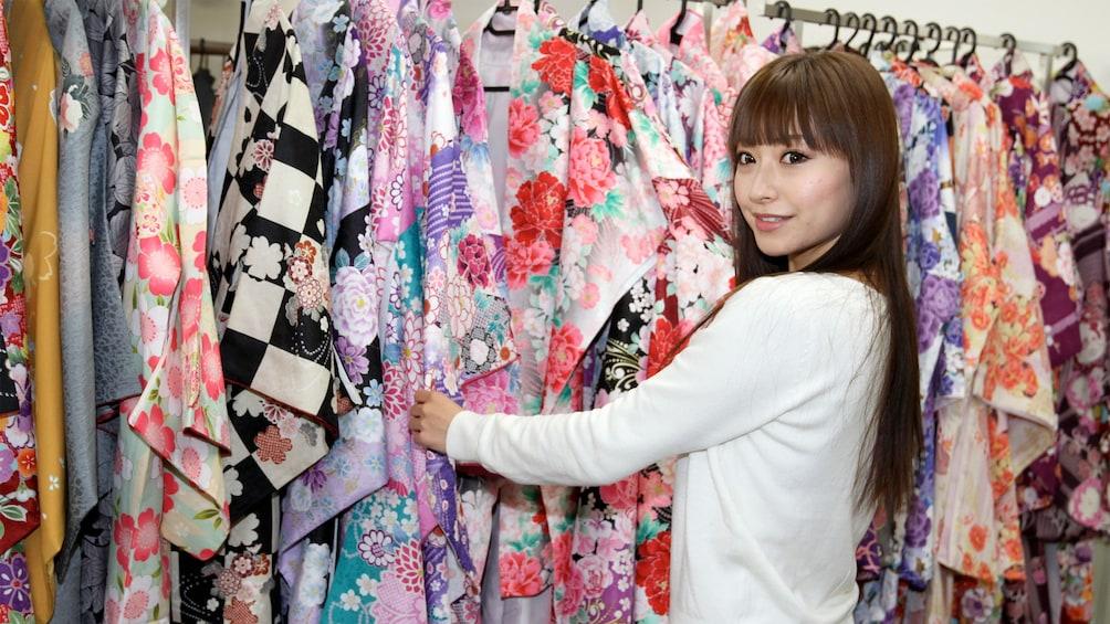 แสดงภาพที่ 2 จาก 5 Kyoto Kimono Wearing Experience