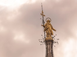 Cargar ítem 3 de 8. Direct access to Milan Duomo Cathedral + Rooftop Guided Tour