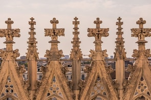 Cargar ítem 8 de 8. Direct access to Milan Duomo Cathedral + Rooftop Guided Tour