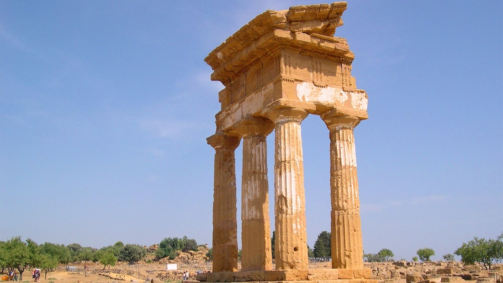 Apri foto 2 di 4. Valle dei Templi in Agrigento, Sicily