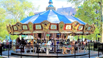 Parx Liberty Carousel at Franklin Square