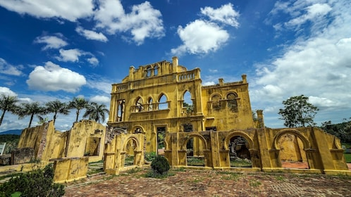 Full-Day Historical Tour to Ipoh