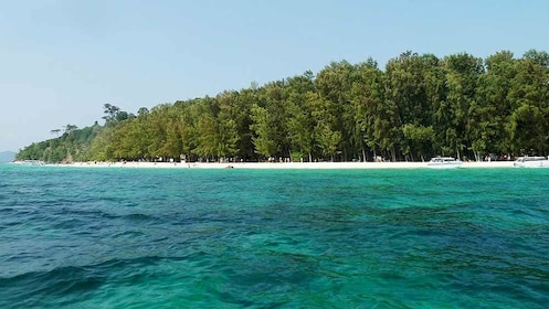 Serene views of the islands of Thailand