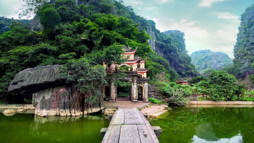 Show item 4 of 10. Countryside Excursion to Hoa Lu & Tam Coc From Hanoi