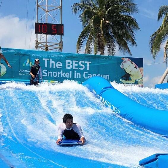 Flowrider Bodyboard Experience