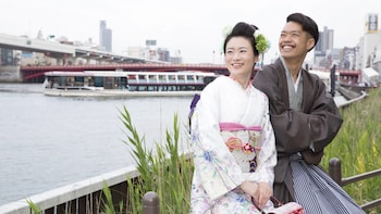TOKYO SKYTREE® Admission with Full-Day Kimono Hire