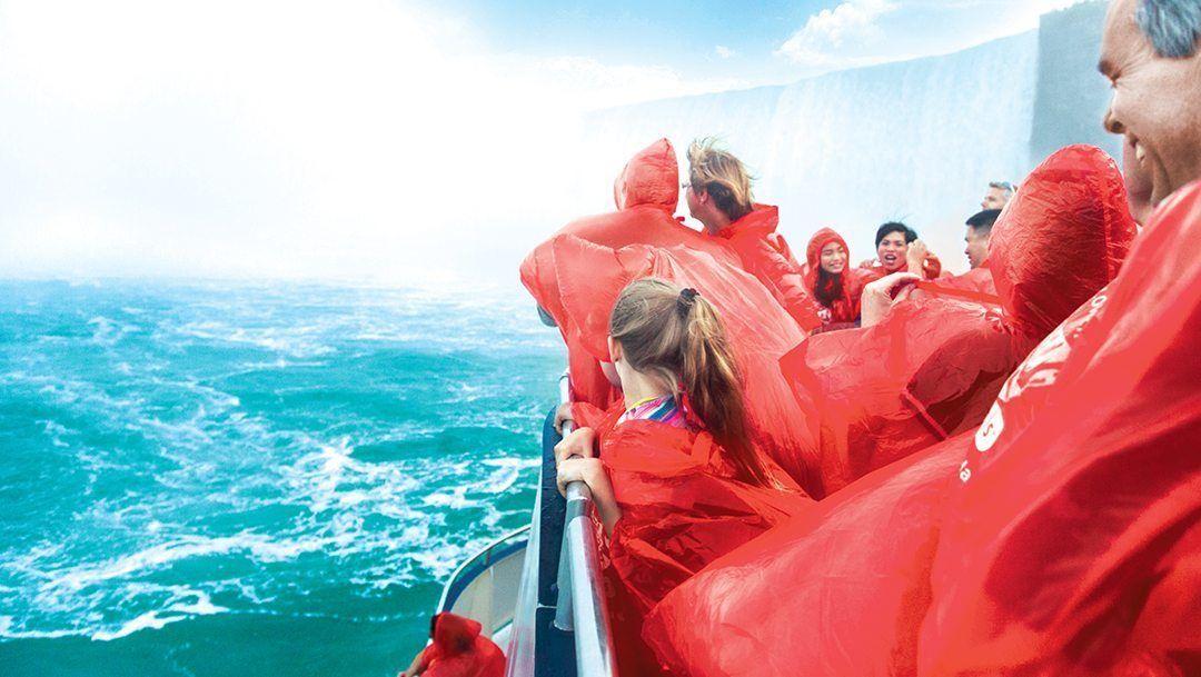 Family-Friendly Tour to Niagara Falls & Niagara-on-the-Lake