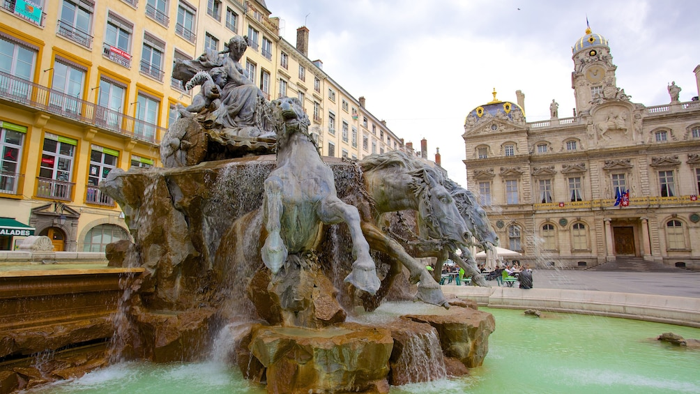 Show item 3 of 5. Fountain in Lyon