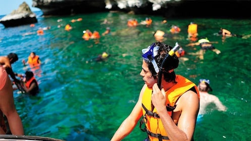 Snorkel Tour to Koh Nangyuan in Thailand