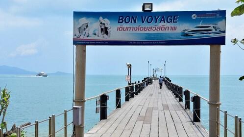 Pier in Koh Nangyuan