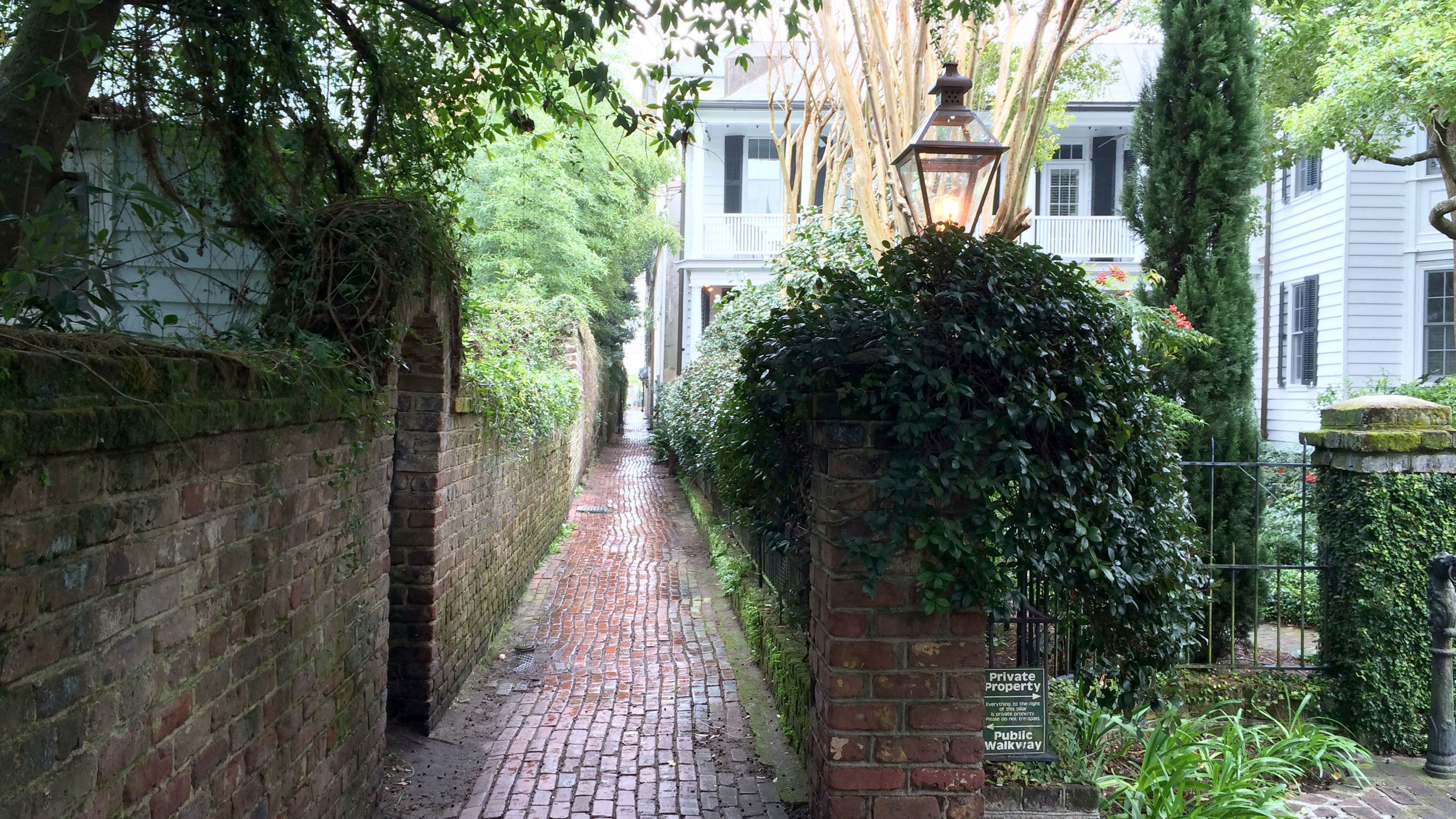 Small-Group Historic Alley & Hidden Side Street Walking Tour