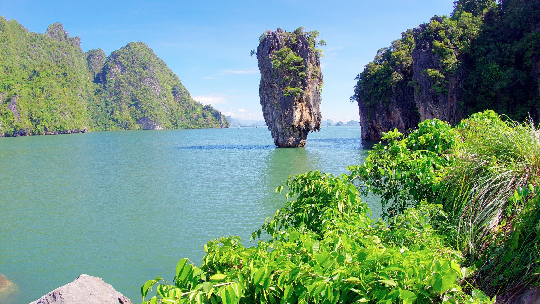 James Bond & Phang Nga Bay by Long-Tail Boat & Canoe